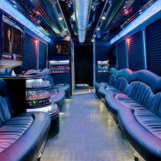 7to7 LIMO BUS TO EXCHANGE L.A: Main Image