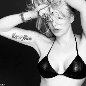 Courtney Love - Postponed-img