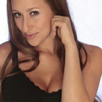 Melanie-img